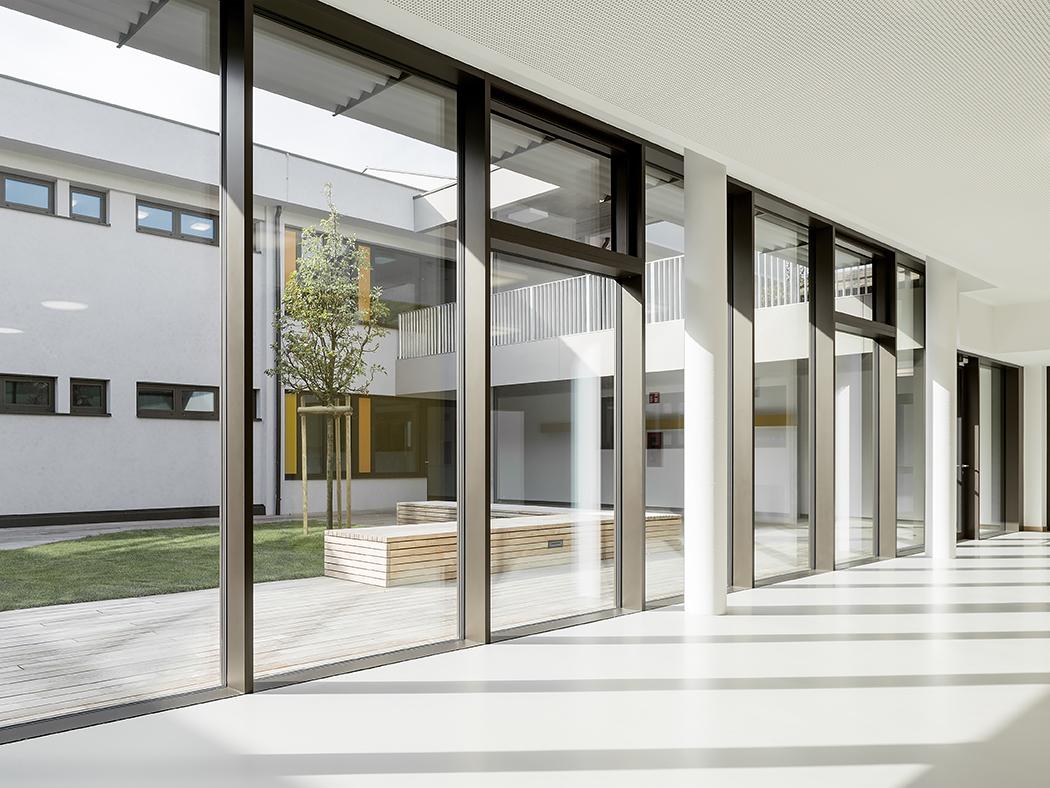School Institute Rubber Flooring Application